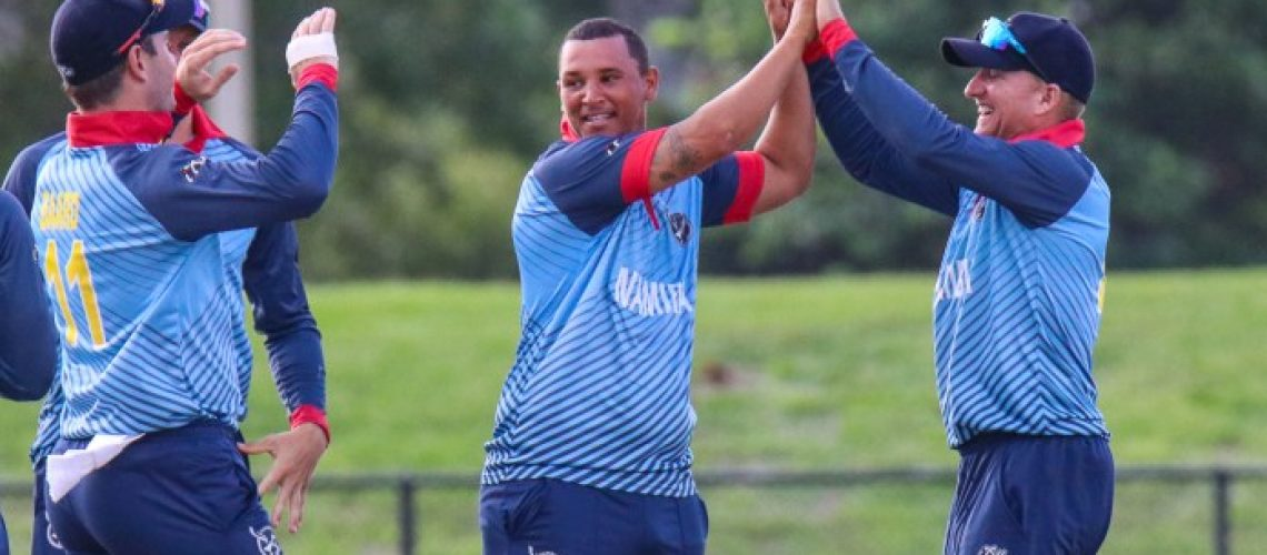 190920-zhivago-groenewald-gives-a-high-five-from-craig-williams-after-taking-a-wicket